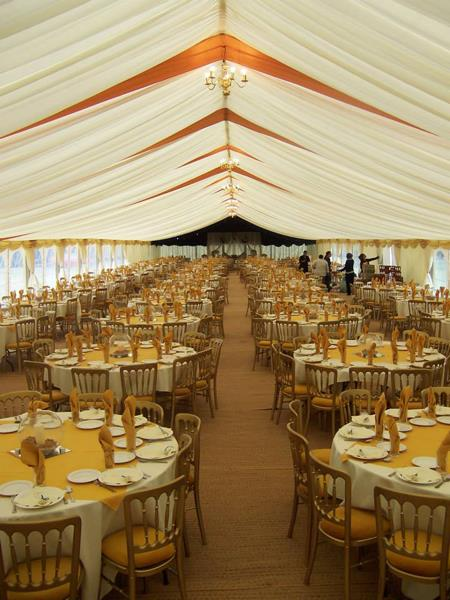 Make the Grand Evening an Enhancing & Tailored Event – With Corporate Marquees to Fit in Everyone